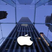 Apple mulls refunds for battery replacement on old iPhones