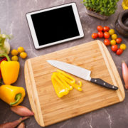 Are You Hungry? Check Out Our Favorite Recipe Apps!