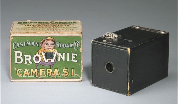 Tech Throwback: Kodak Brownie Camera