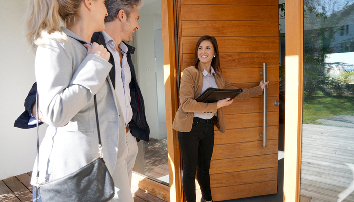How to Find the Best Realtor: Sell Your Home the Right Way